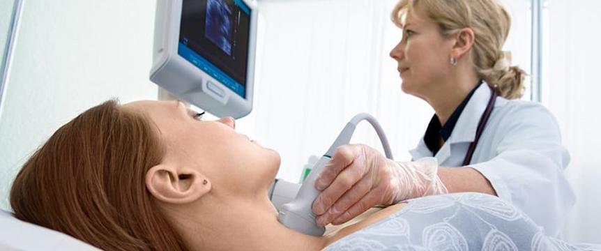 Фото процедуры ультразвукового исследования щитовидной желез в Самаре